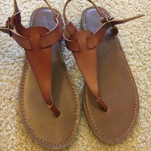 Down sandals